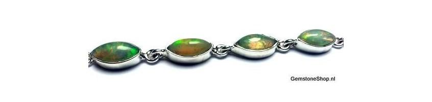 new precious opal at gemstoneshop.nl