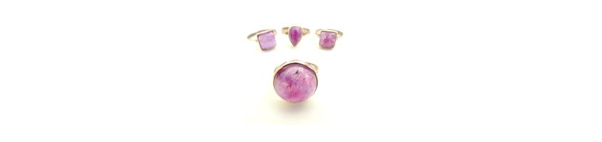 trigonale edelsteen sieraden bij gemstoneshop.nl